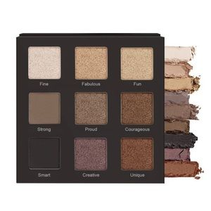 NWT REALHER Play Book Eye Shadow Palette III